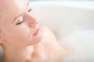 Tietoinen rentoutuminen auttaa stressin hallinnassa