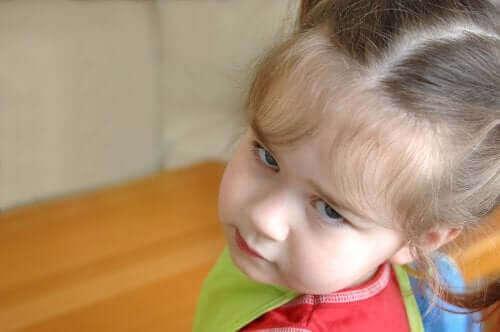 Lapsen uhmaikä ja ei-vaihe