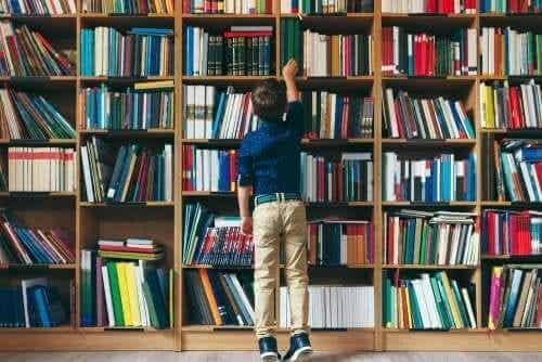 Kuinka opettaja voi kannustaa lapsia lukemaan?