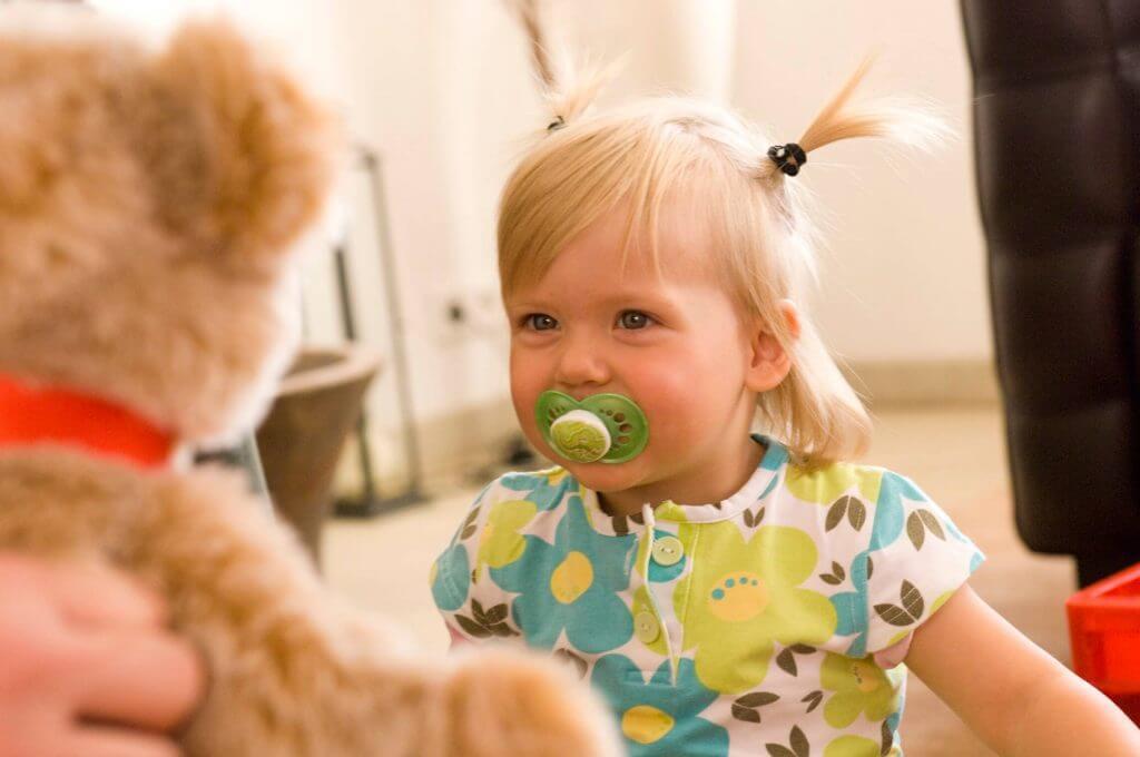 Positiiviset ärsykkeet voivat aktivoida vauvan muistia