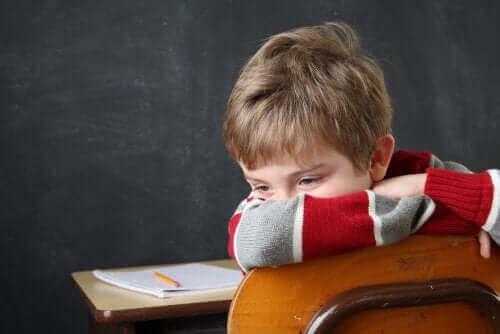 Heikolla koulumenestyksellä on vain vähäinen suhde älykkyyteen