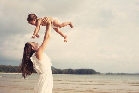 Nauti äitiydestä täysin rinnoin