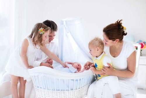 8 tärkeää hankintaa vauvan huoneeseen