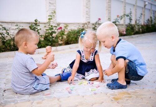 Tottelevaisuus vai itsenäinen ajattelu - kumpaa haluamme opettaa lapsillemme?