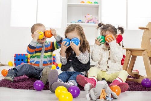 Liian suuri lelumäärä voi olla haitaksi lapselle