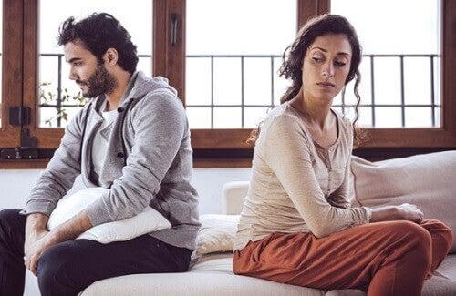 4 merkkiä siitä, että isä kärsii synnytyksen jälkeisestä masennuksesta