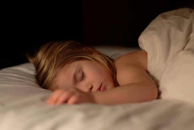 8 vinkkiä lapsen yökastelun lopettamiseksi