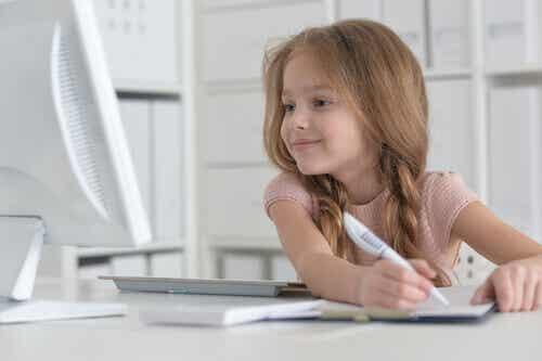 Kuinka opettaa lasta rakastamaan lukemista?