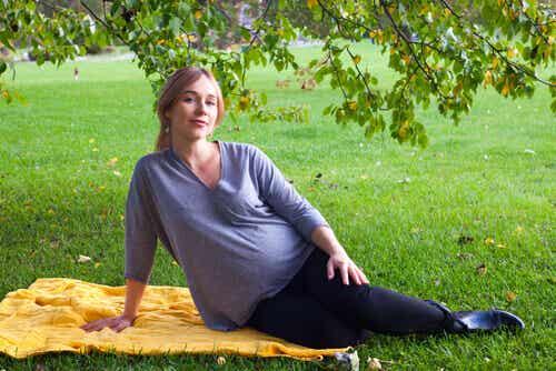 10 vinkkiä raskausoireiden lievittämiseksi