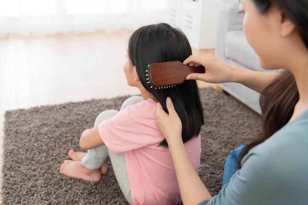 Viisi yksinkertaista kampausta tytöille