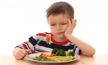 Lasten aliravitsemus