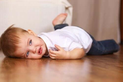 Kuinka tunnistaa lapsen lähestyvä kiukkukohtaus?
