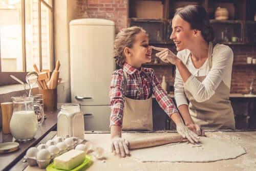 6 syytä kokata yhdessä lapsen kanssa