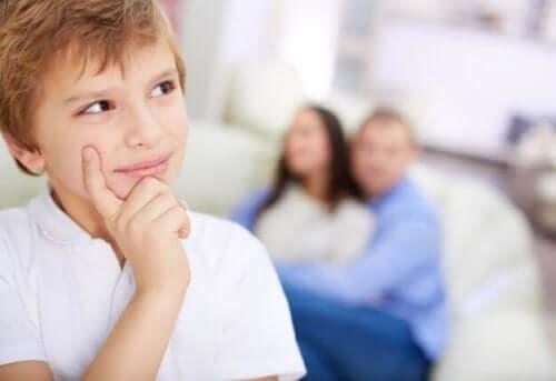 Esioperationaaliselle vaiheelle on tyypillistä lapsen egosentrisyys