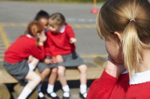 Kuinka välttyä eristäytymiseltä koulussa?
