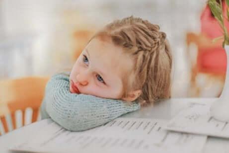 Lapsen koulumenestykseen vaikuttavat tekijät