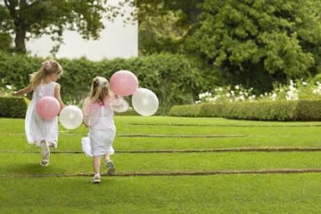 11 tapaa ottaa lapset osaksi häitä