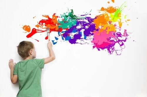 Lahjakas lapsi on usein hyvin luova ja omaperäinen