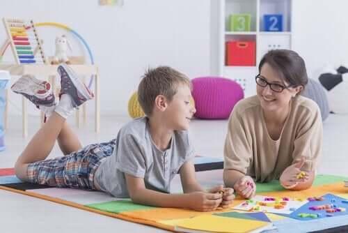 Kysy nämä 15 kysymystä palkatessasi lastenhoitajaa