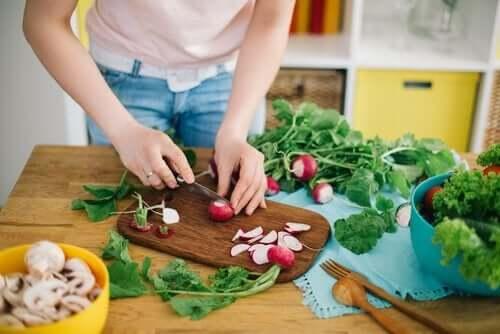 Kuinka saada lapsi syömään terveellisesti?