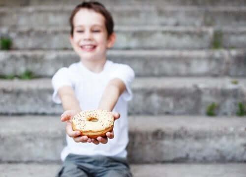 Neljä lapsille maistuvaa jälkiruokaa ilman suklaata