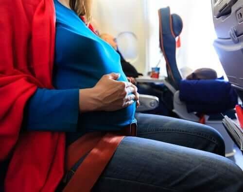 Onko matkustaminen raskauden aikana turvallista?