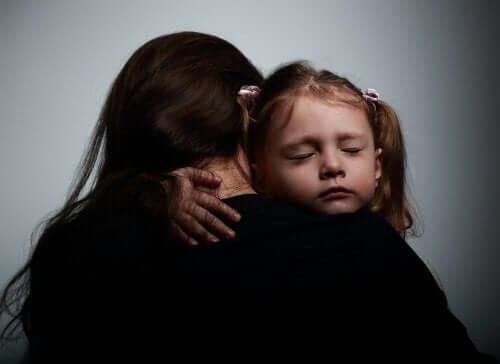 Emotionaaliset ongelmat voivat vaikuttaa lapsen ihmissuhteisiin