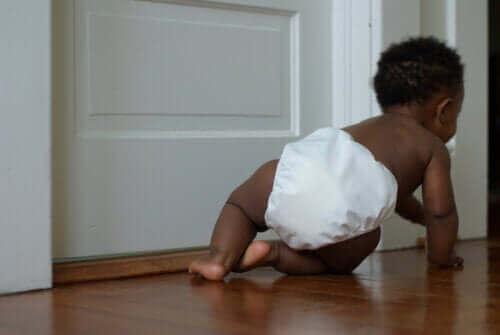 Vauvavuotena motoriikka kehittyy huomattavasti