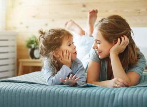 Millaiset menetelmät kannustavat lasta itsenäiseen ajatteluun?