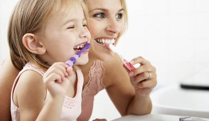 Kuinka hoitaa lapsen maitohampaita?