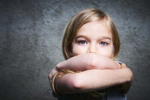 Millaisista merkeistä lapsen huonon itsetunnon tunnistaa?