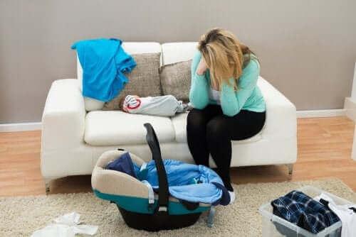 Synnytyksen jälkeinen alakulo ja masennus