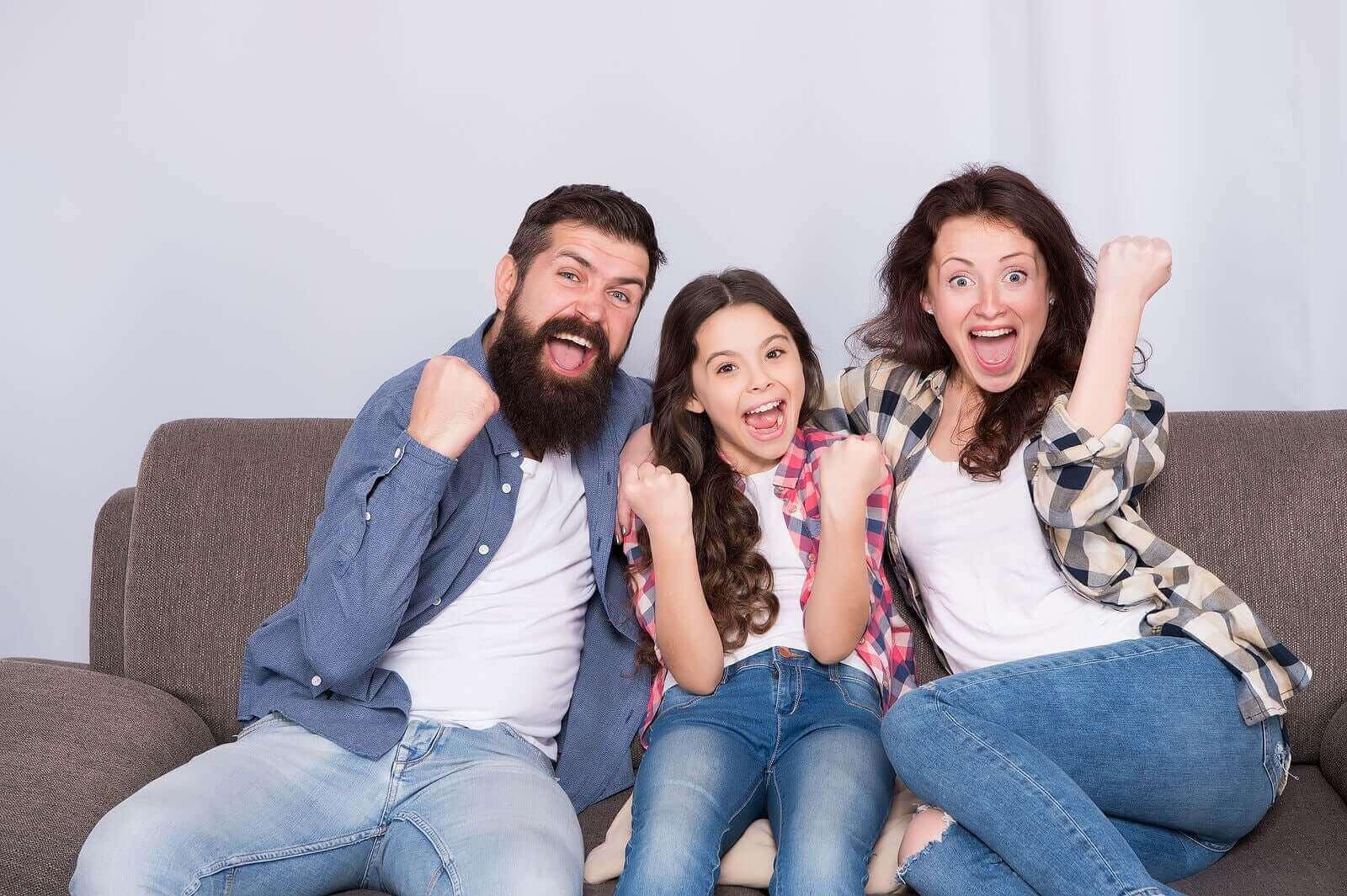Nämä 4 aktiviteettia kehittävät lapsen kielellistä kompetenssia