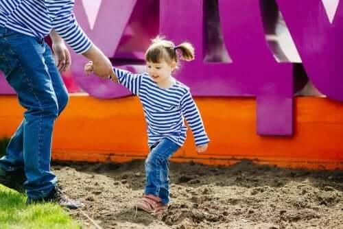 6 asiaa, joita lapselta ei kannata kieltää