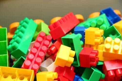 Legojen hyödyntäminen opetuksessa