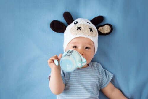 Mitä täytyy ottaa huomioon, kun lähtee vauvan kanssa kylään?