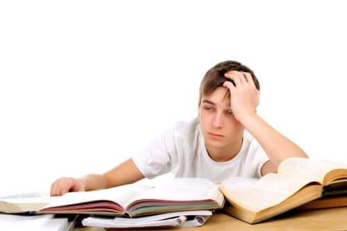 Parhaat sovellukset opiskelun avuksi