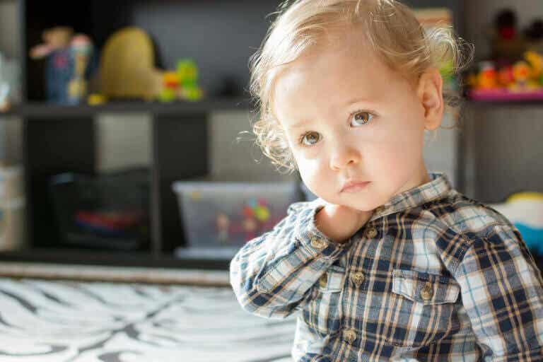 Mistä tietää, että lapsi on surullinen?