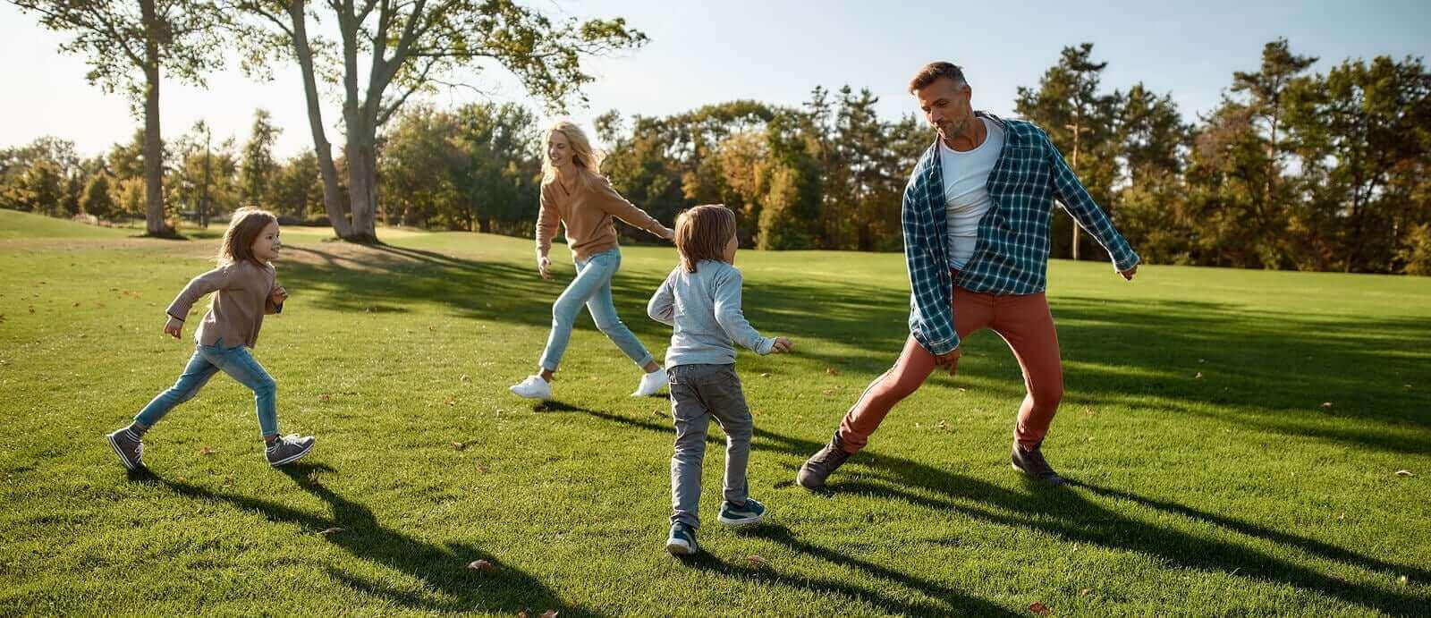 Vapaan leikin merkitys pienen lapsen kehityksessä on suuri