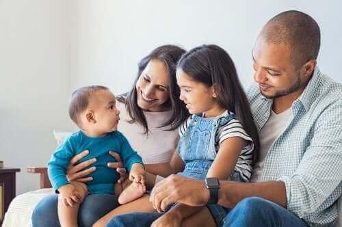4 viestintätapaa vanhempien välisissä kommunikointiongelmissa