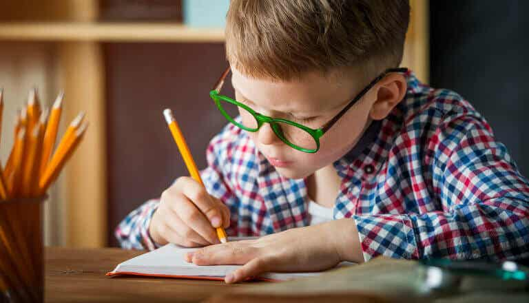 Onnellisuuslista opettaa lasta arvostamaan yksinkertaisia asioita