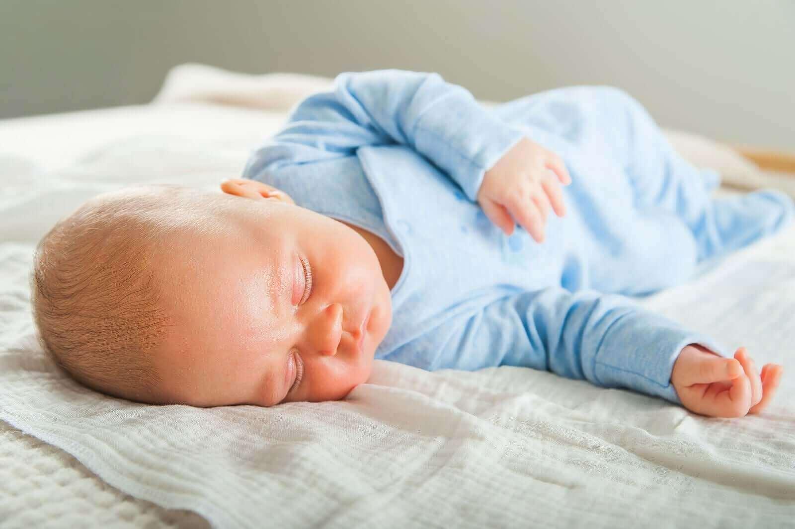 Miten vauvan unirytmi kehittyy kasvun myötä?
