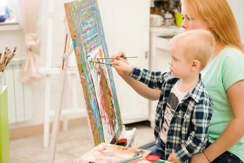 12 taideterapiaharjoitusta lapselle