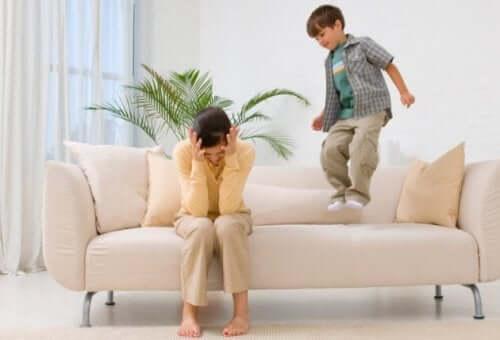 Miksi lapset saavat kiukkukohtauksia?