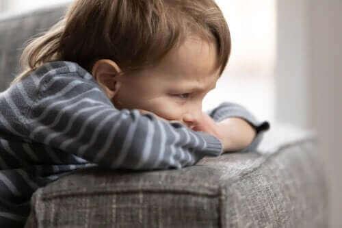 5 tapaa, joita lapselle ei tule sallia