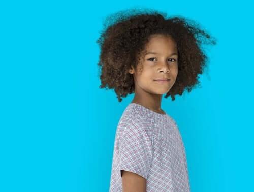 Miten lapsen itsekäsitys kehittyy?