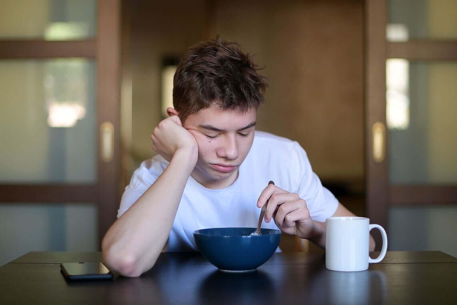 Krooninen väsymysoireyhtymä voi aiheuttaa nuorelle voimakasta, jatkuvaa ja jopa lamauttavaa väsymystä