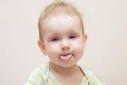 Vauvan sidekalvotulehdus