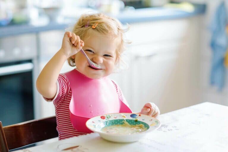 Milloin vauva voi alkaa syödä gluteenia sisältävää ruokaa?