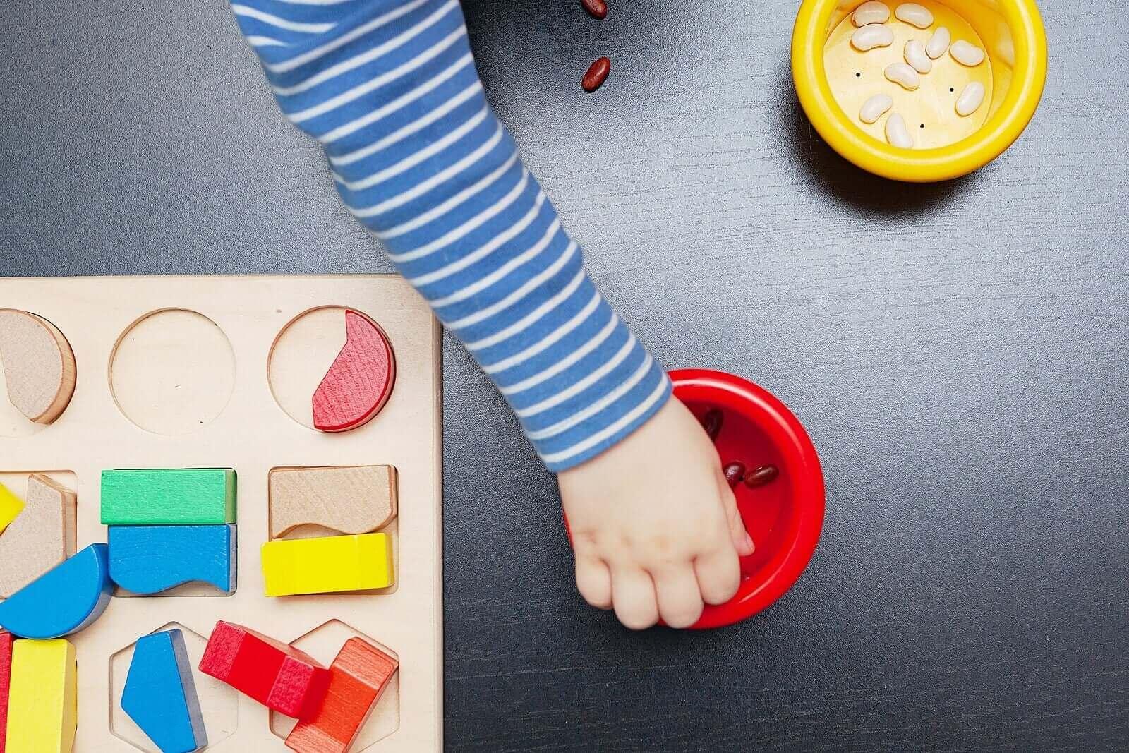 Mitä ovat Montessori-pelilaudat ja mitä hyötyä niistä on?